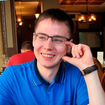 Михаил Русаков